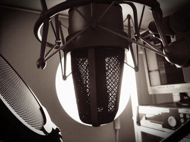 3 Tips on How to Do Commercial Voice Overs for Beginners